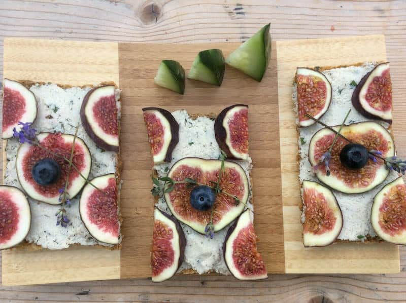 Holiday Food Recipes - Appetizers - Goat cheese and Fig