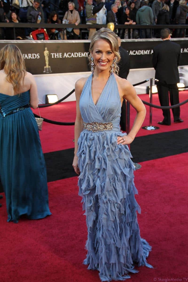Fall Fashion - Brook Anderson from Entertainment Tonight attending Oscars