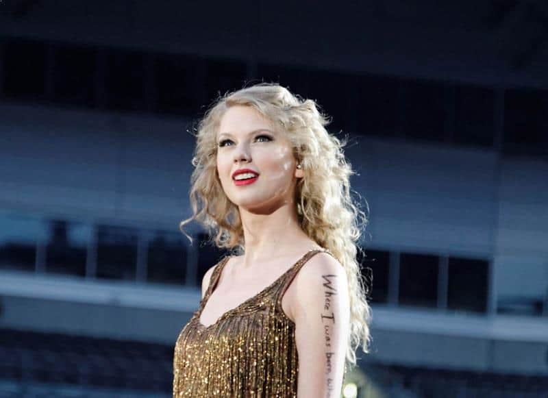 The World Highest Paid, Top Earning, Richest Celebrities in 2016,Taylor Swift