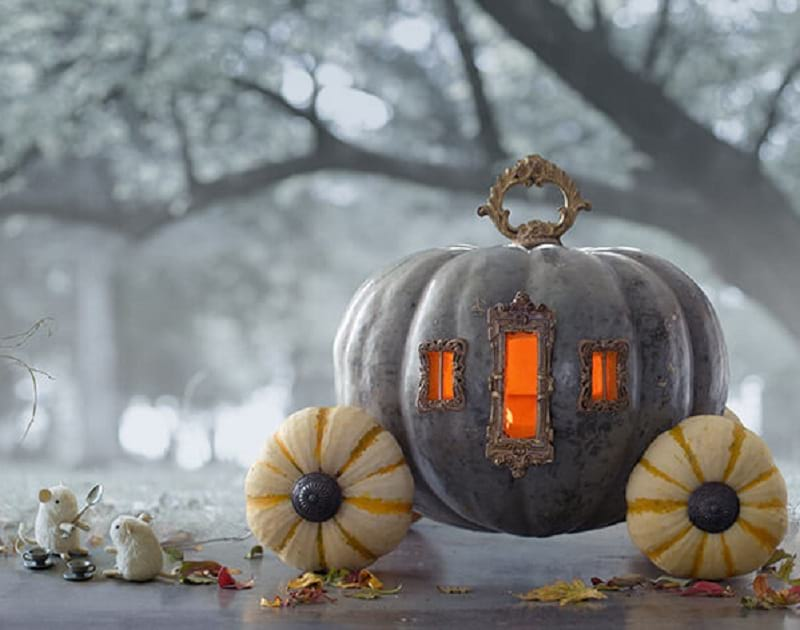 Halloween Decoration: Pumpkin Carriage