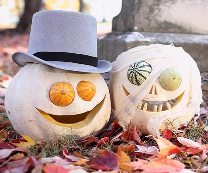 Ghostly Bride and Groom Pumpkins