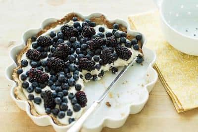 Blueberry and blackberry cheesecake