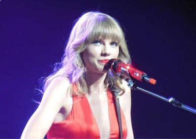 Fall Fashion - Taylor Swift in aurora red