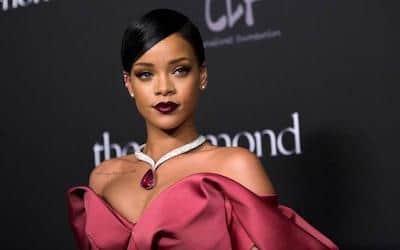 Fall Fashion - Rihanna